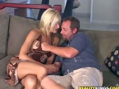 amatør milf moden mamma blonde store pupper handjob tynn blowjob barmfager