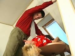 milf hvit blonde blowjob oral par kontor uniform